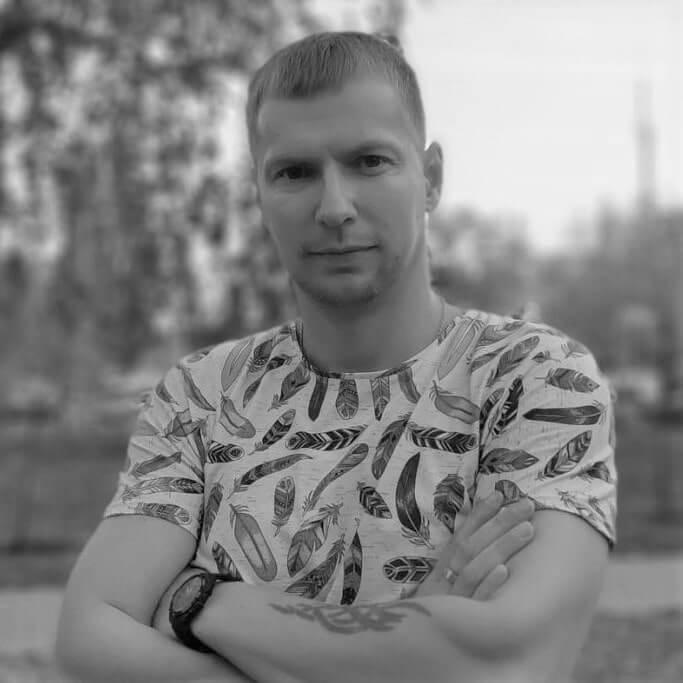 Роман Кнец