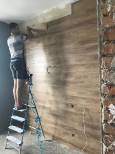 Full Room монтаж ламината на стену
